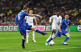 Euro 2012, De Rossi affetto da sciatalgia