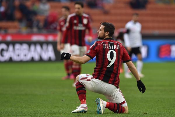Mattia Destro All Inter Per Samir Handanovic