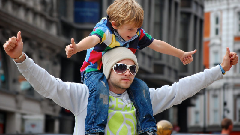 Top 5 Best Tech Gifts for Father's Day 2015