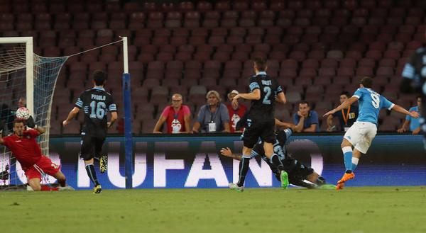 Serie A posticipo giornata 4, Napoli-Lazio 5-0