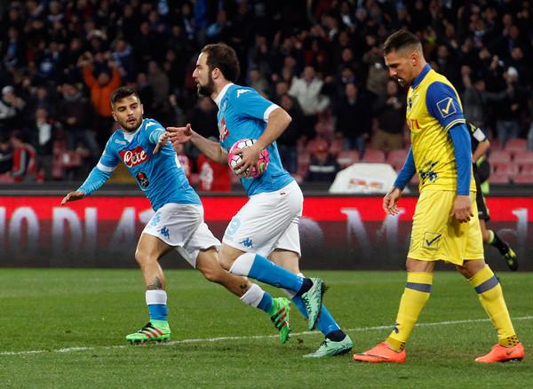 Serie A giornata 28, Napoli-Chievo 3-1