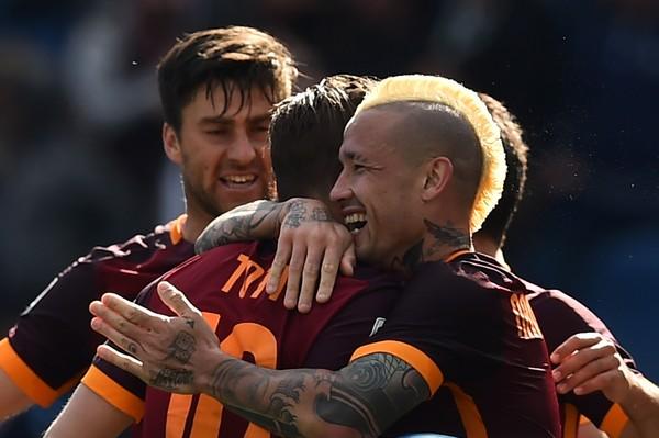 Le pagelle di Roma-Napoli 1-0, Szczesny e Rudiger insuperabili, Totti insegna ancora calcio, Spalletti ci mette la firma