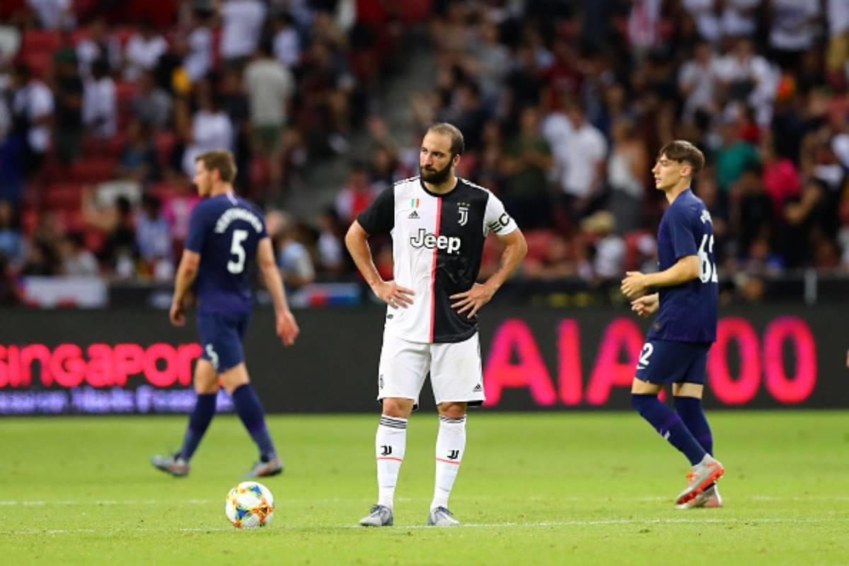 Lo sfogo di Sarri avvicina Higuain alla Roma: novità importanti dalla Juventus