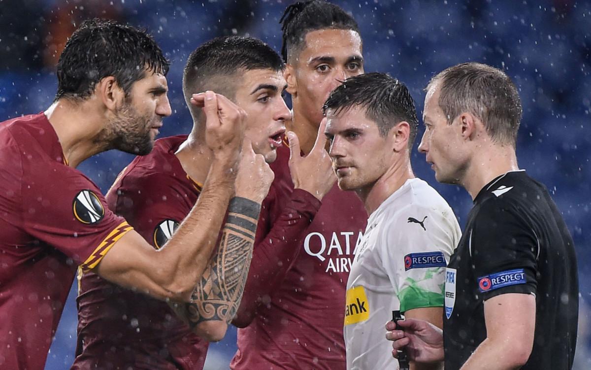 Le pagelle di Roma-Borussia Moenchengladbach: Smalling resta uomo del match