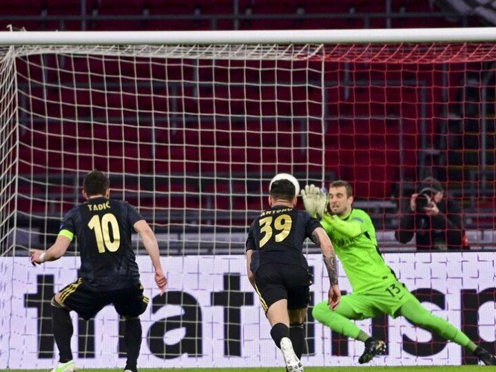Migliori e peggiori in Ajax-Roma 1-2: Pau Lopez salva tutto, disastro Diawara